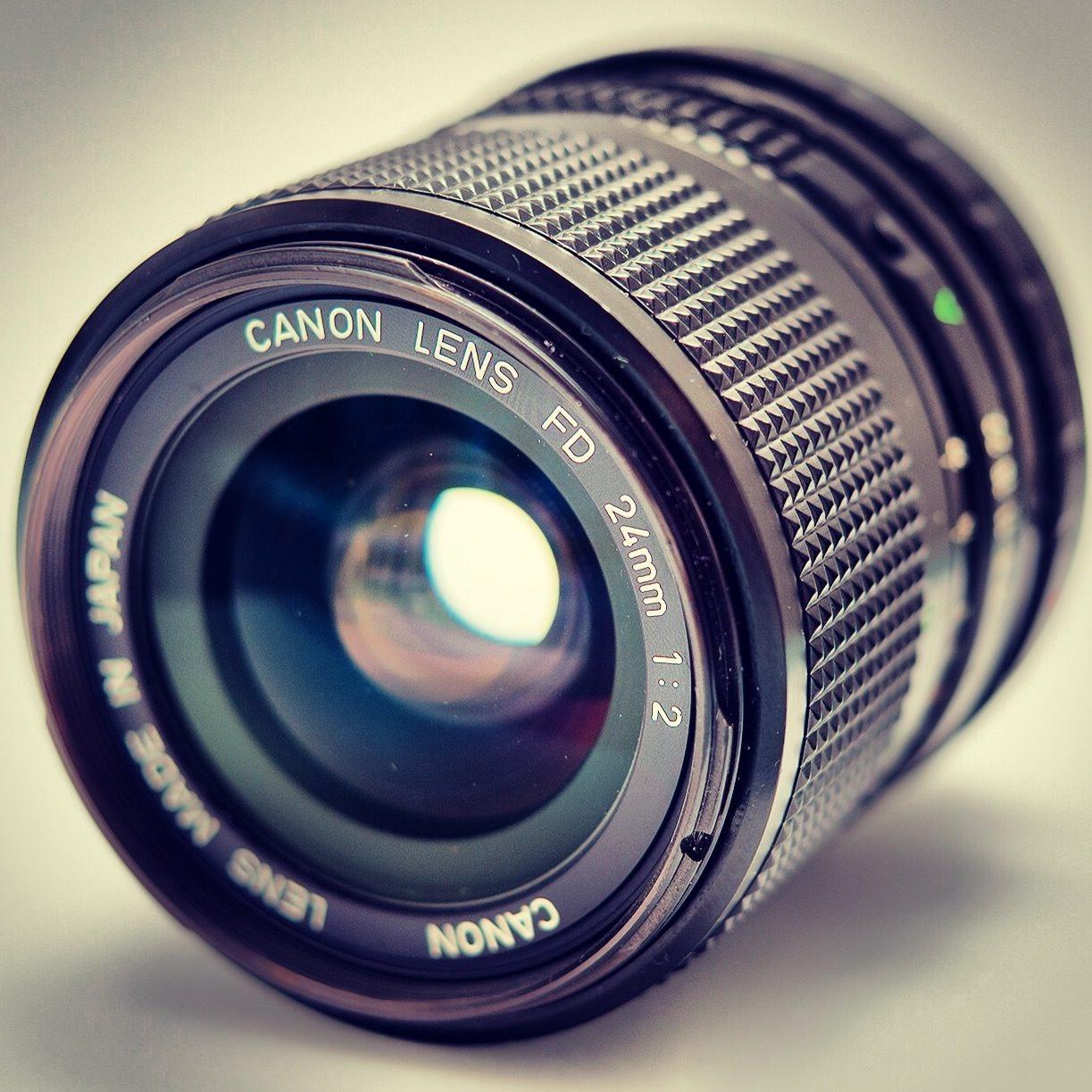 Canon FD 24mm f/2